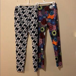 Women's LuLaRoe leggings 2 pair ones size fits all
